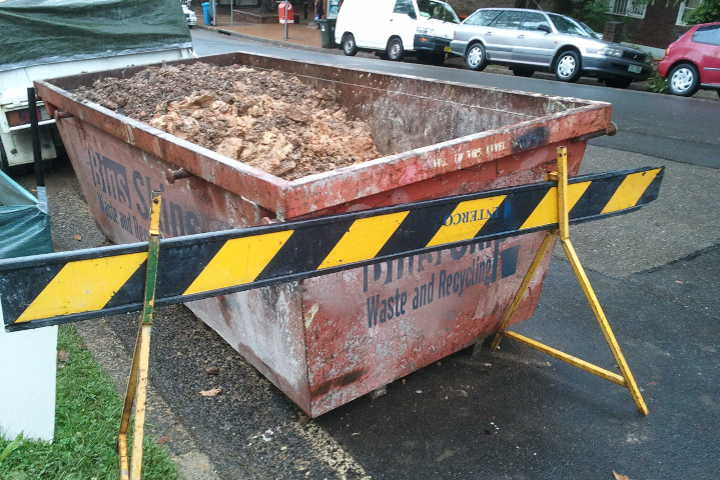 Quakers Hill Skip Bins can be placed on the road if compliant with council guidelines