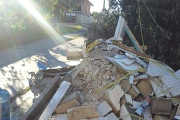 Ulladulla Skip Bins take builders waste away for special rates